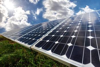 Photovoltaikanlage in der Sonne